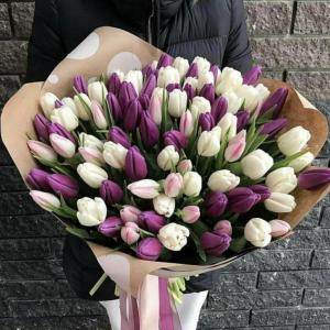 Букет 101 тюльпан в нежных тонах R1239