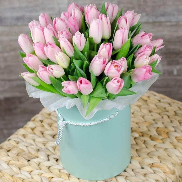 29 розовых тюльпанов в коробке R974
