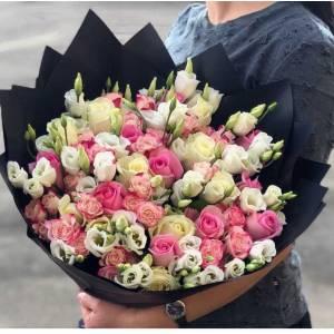 Сборный букет розы и эустома R1115